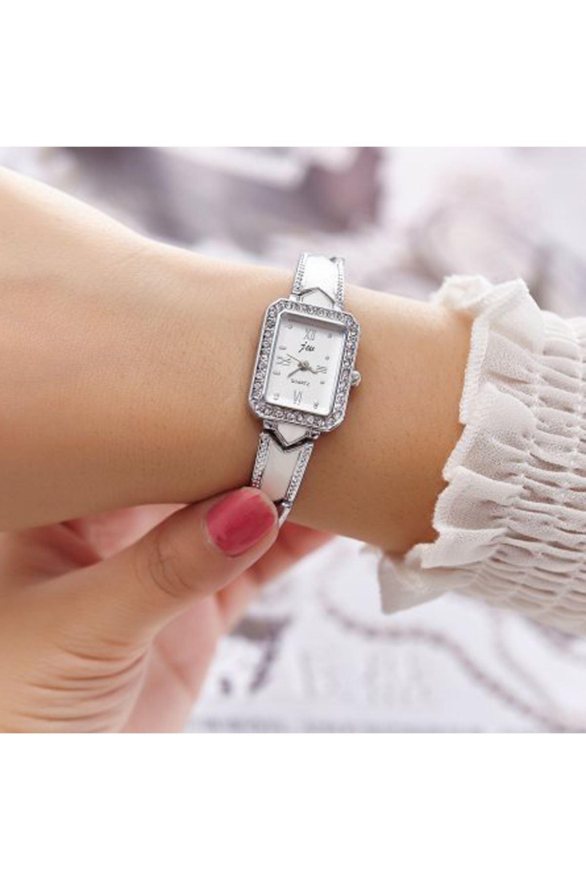9039 Beyaz Kadın Saat