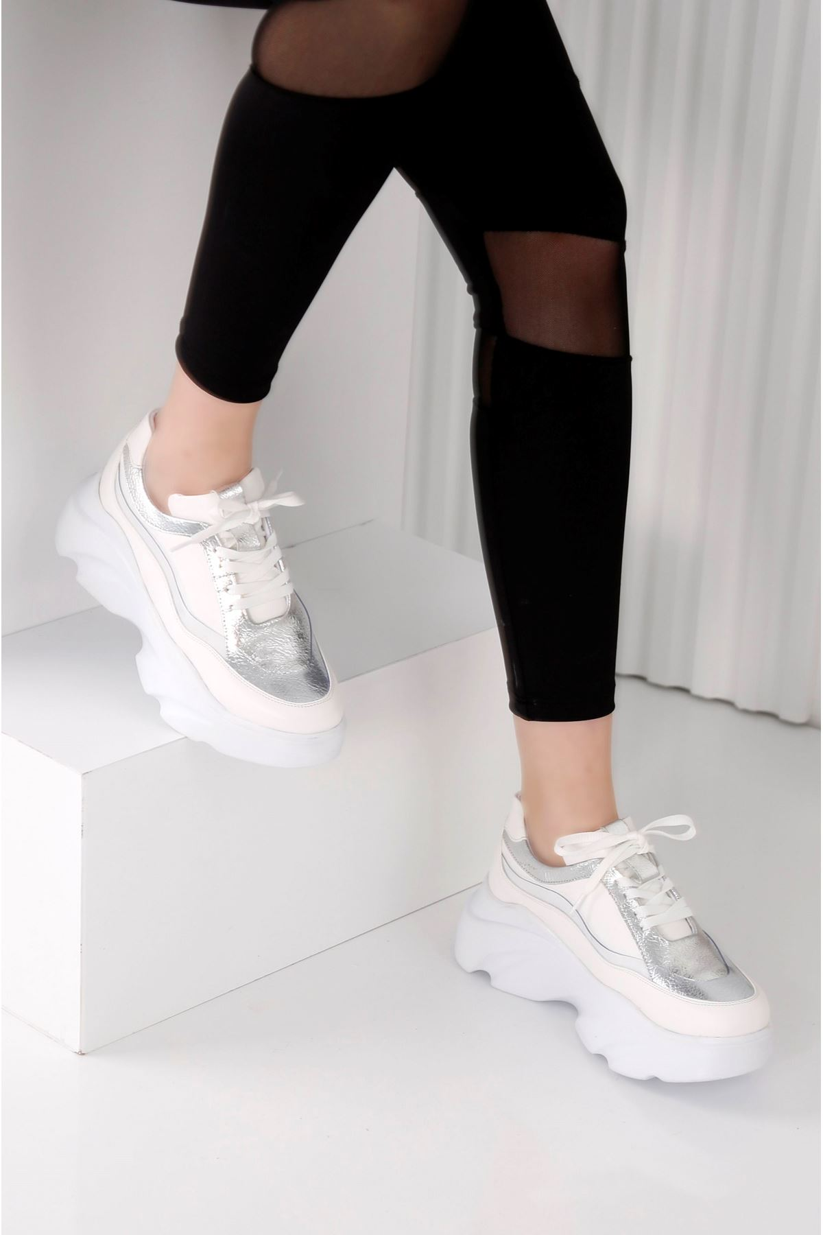 Wind 3809 - Kadın Beyaz Gümüş Spor Ayakkabı