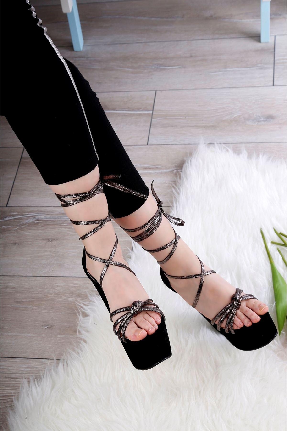 AZEZ Siyah Platform Topuklu Ayakkabı