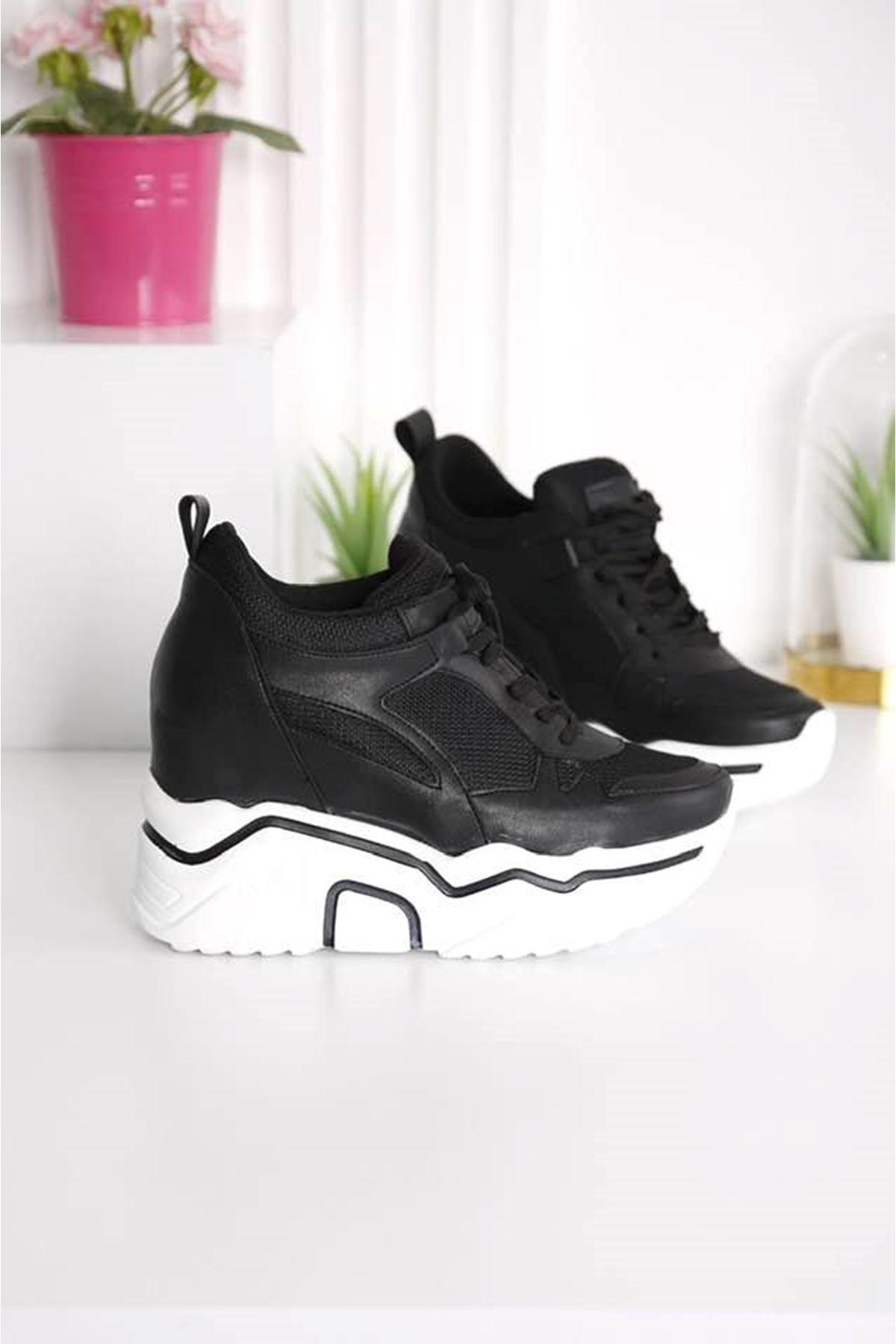 Showy Siyah Beyaz Platform Spor Ayakkabı