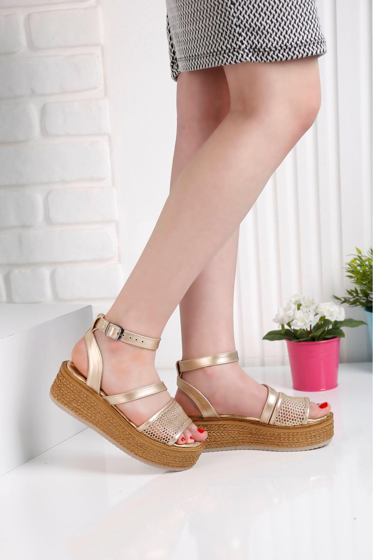 Gratis File Gold Sandalet