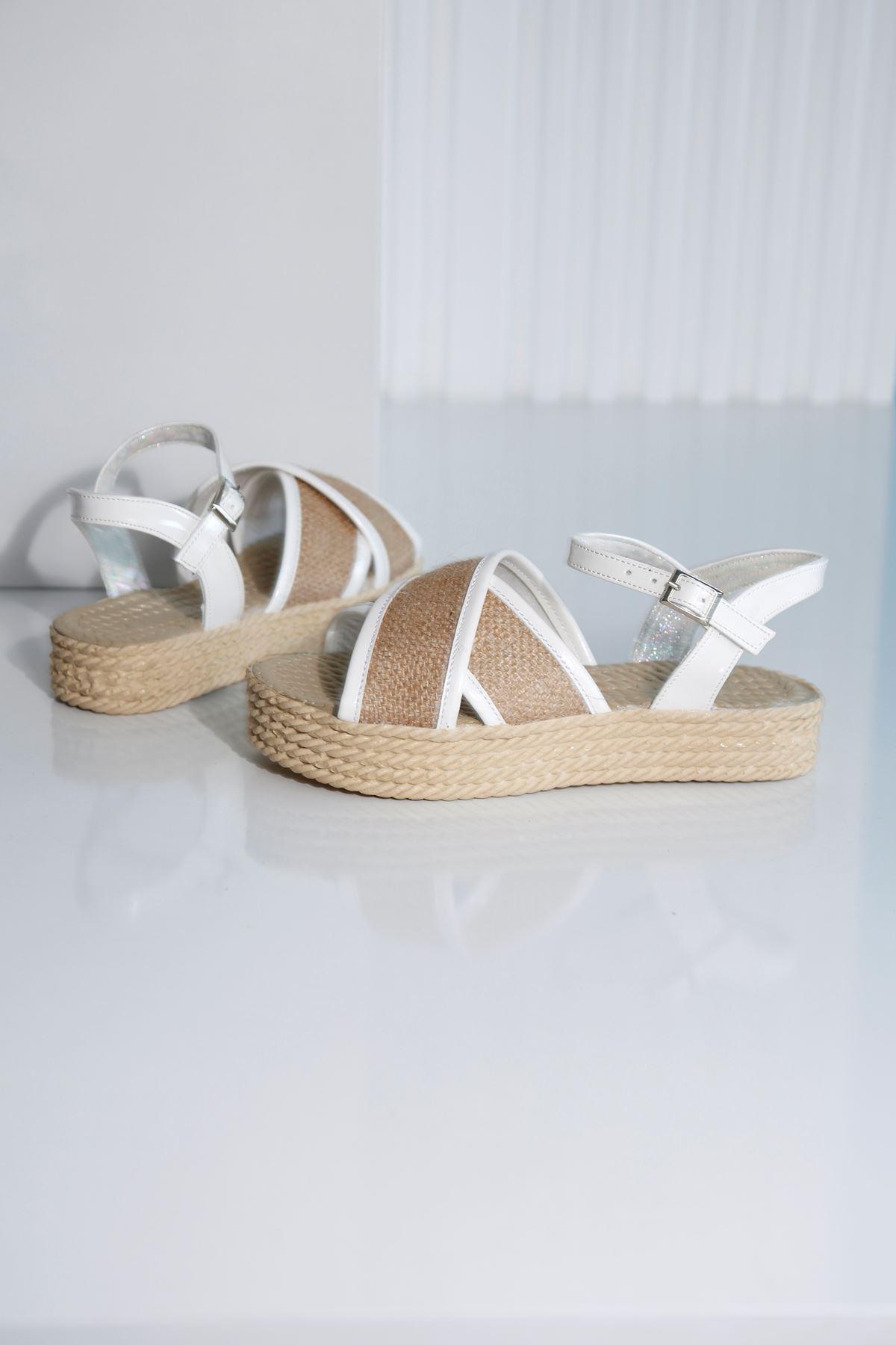 Croce-B Beyaz Hasır Sandalet