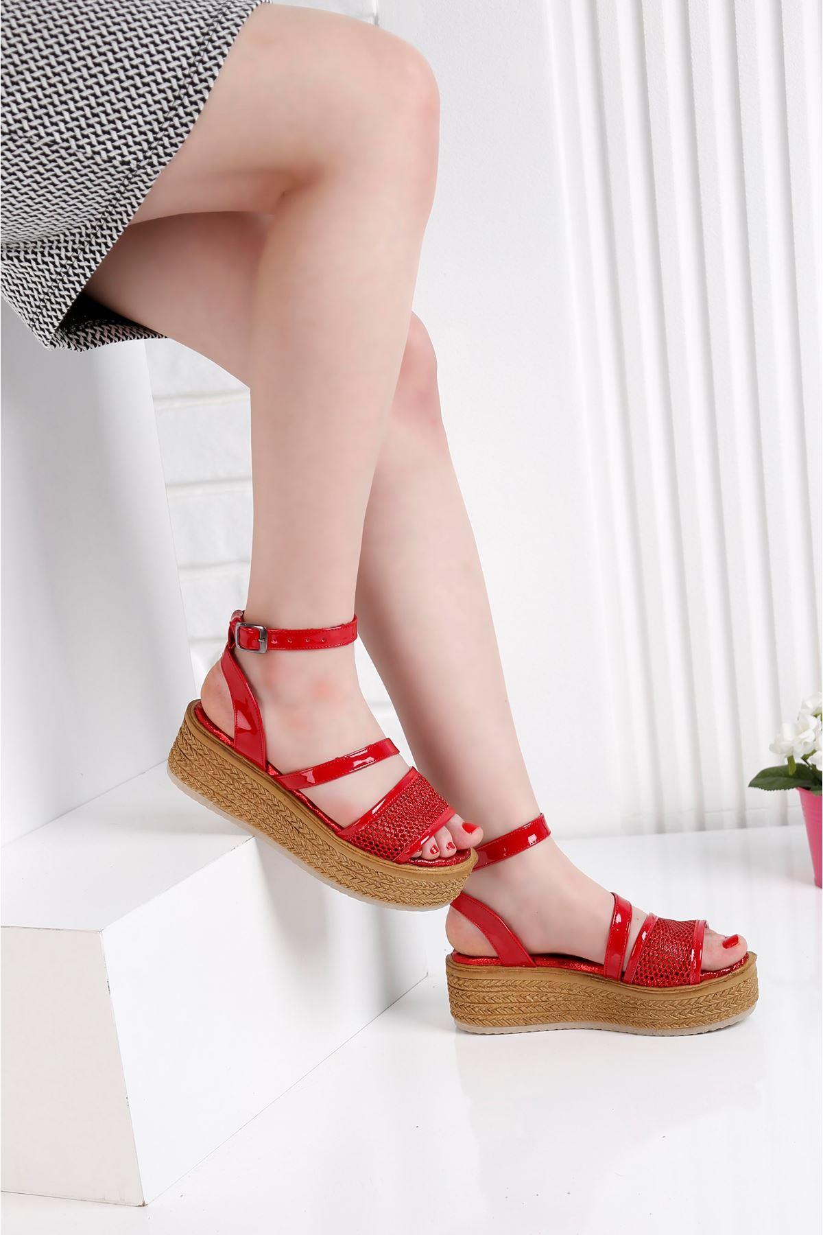 Gratis File Kırmızı Sandalet