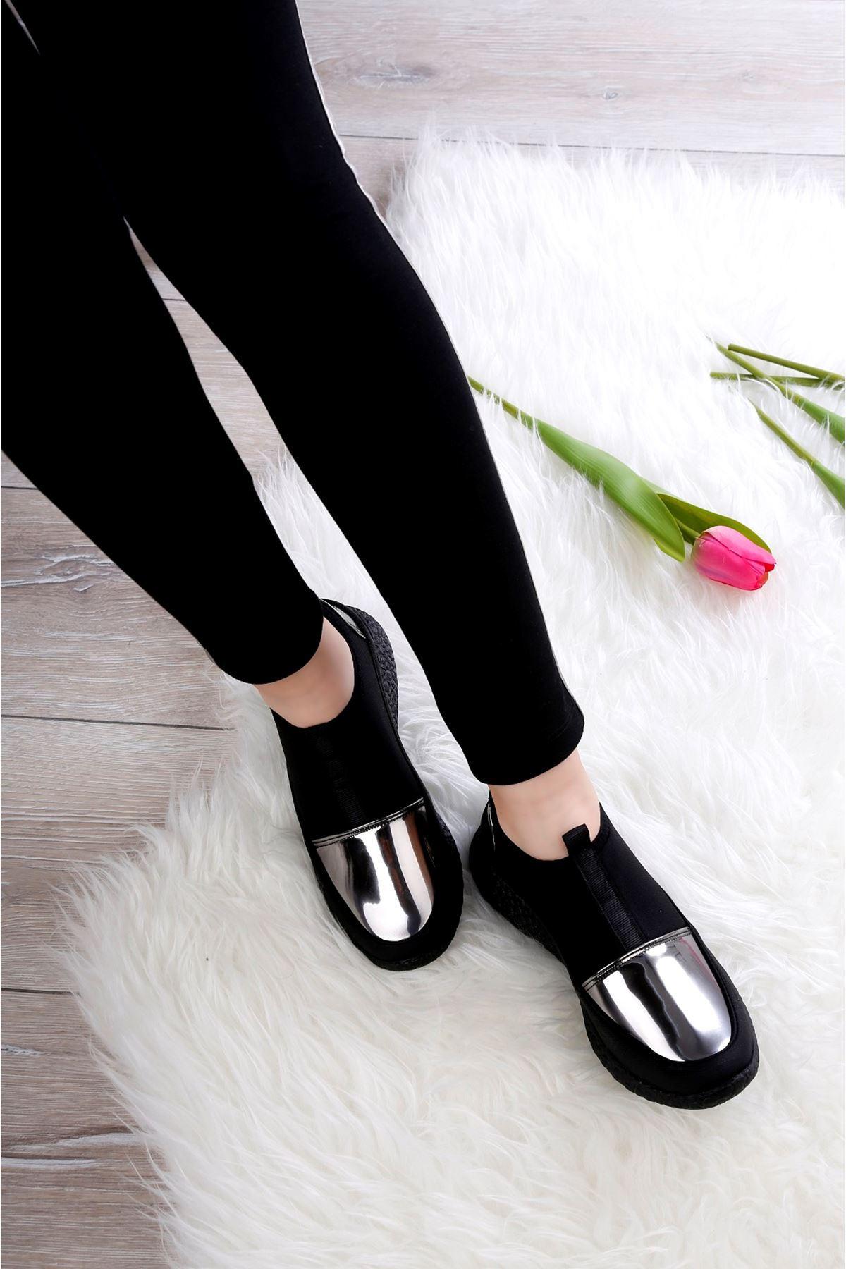 ROCK Siyah Ayakkabı