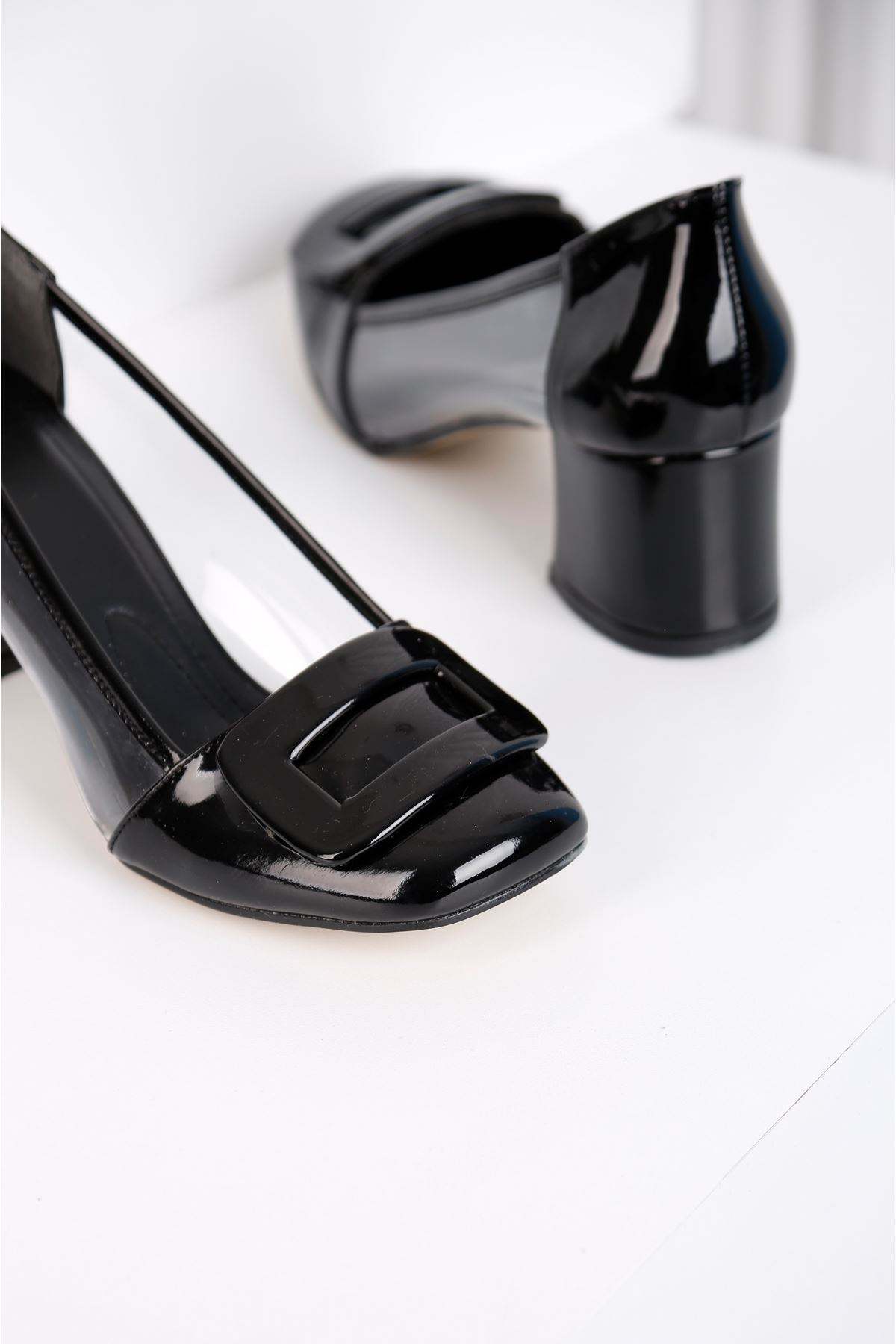 Barbie Topuklu Siyah Şefaf Ayakkabı