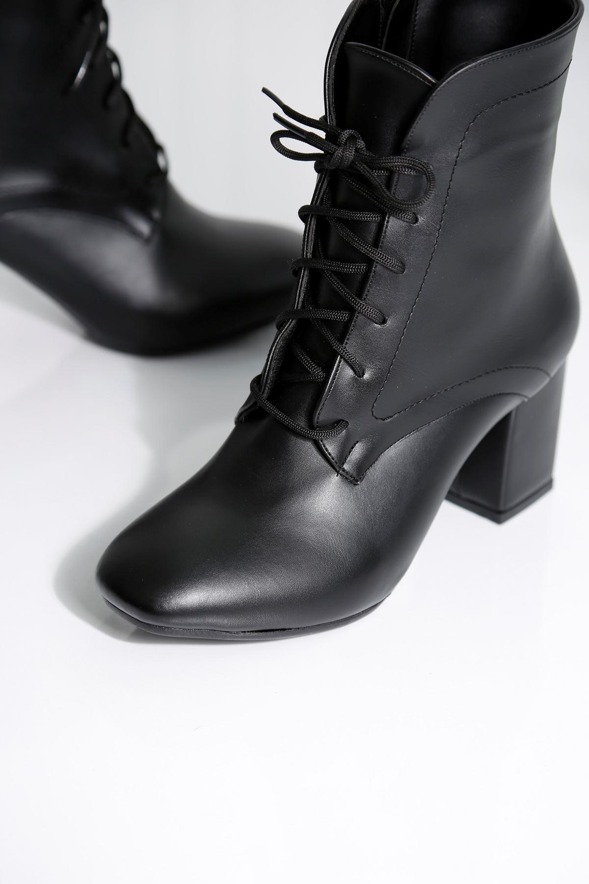 MILANO Siyah Cilt Kadın Topuklu BOT