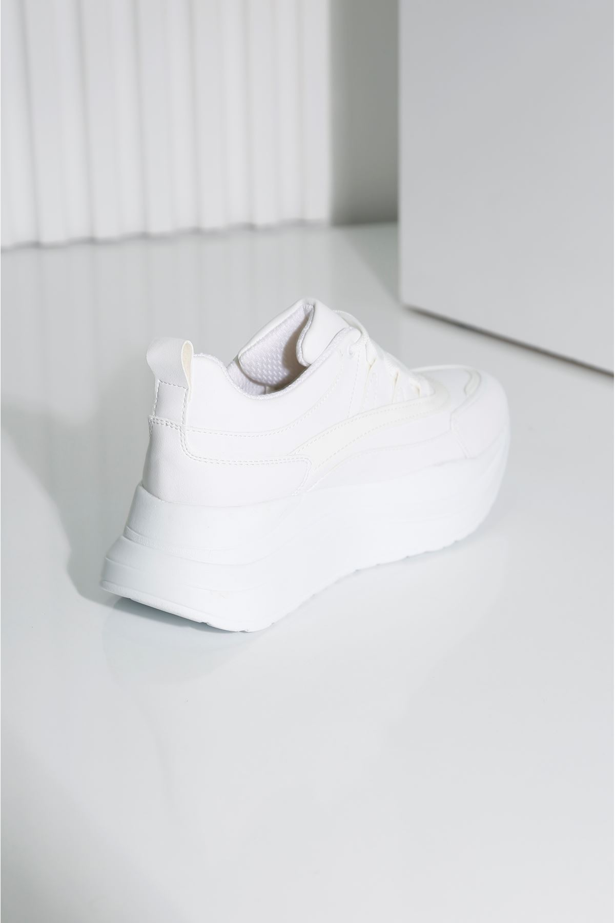 TOWN Beyaz Kadın Spor Ayakkabı