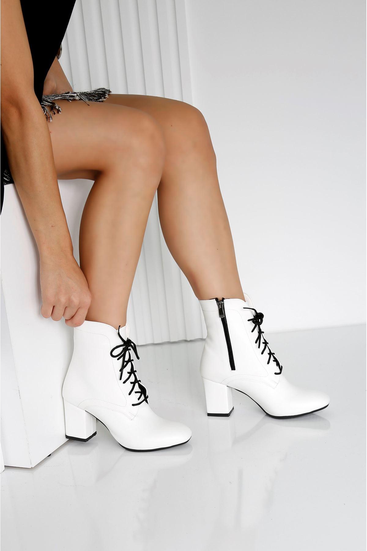 MILANO Beyaz Cilt Kadın Topuklu BOT