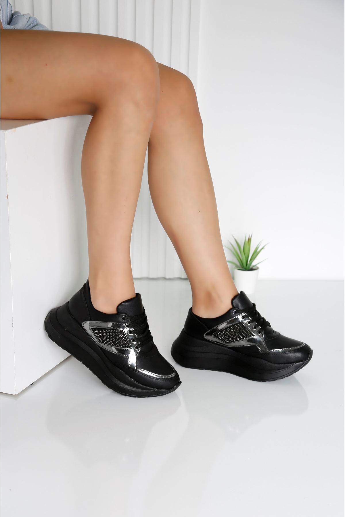 SPUNG Siyah Spor Ayakkabı