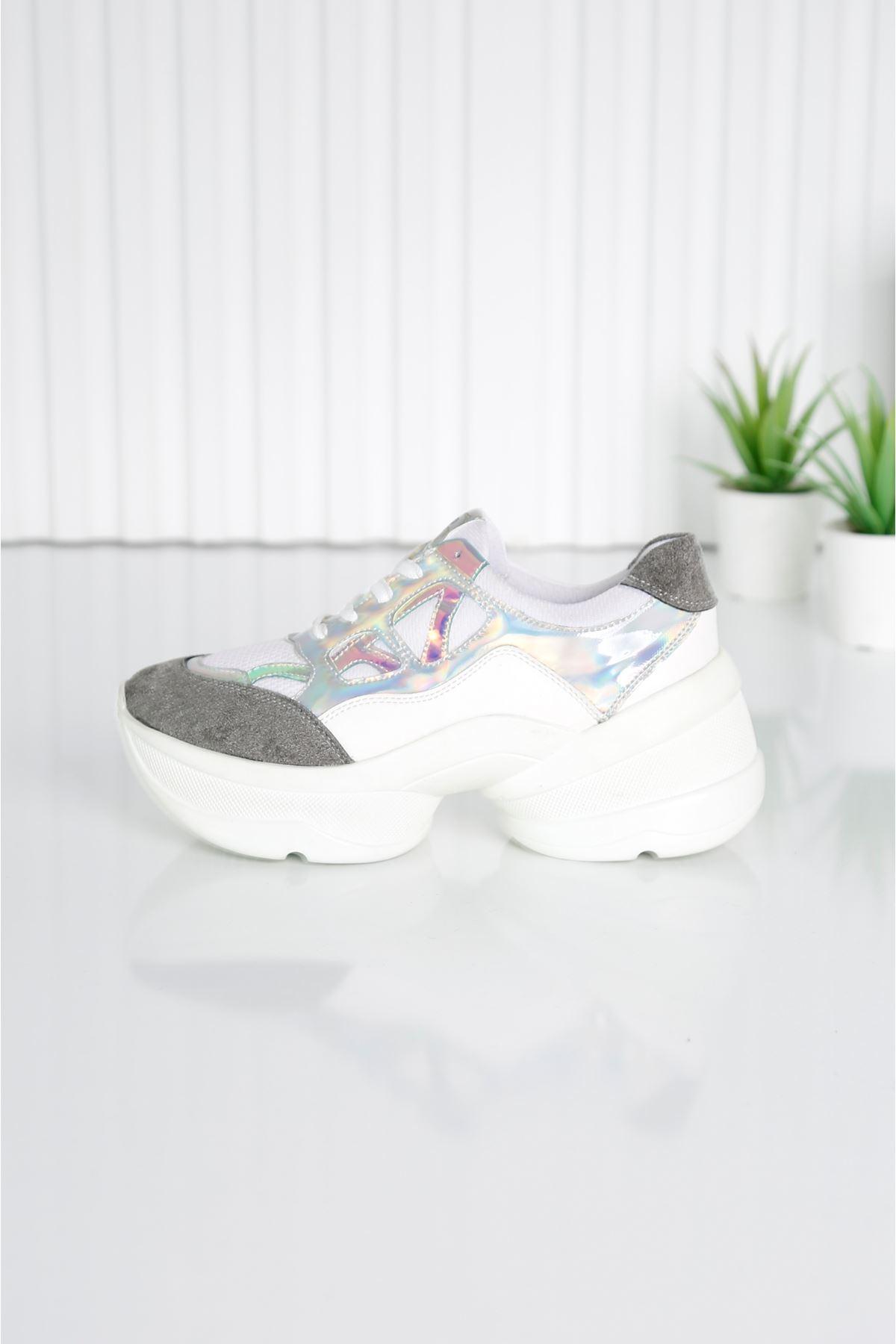 CUPS Kadın Beyaz Spor Ayakkabı