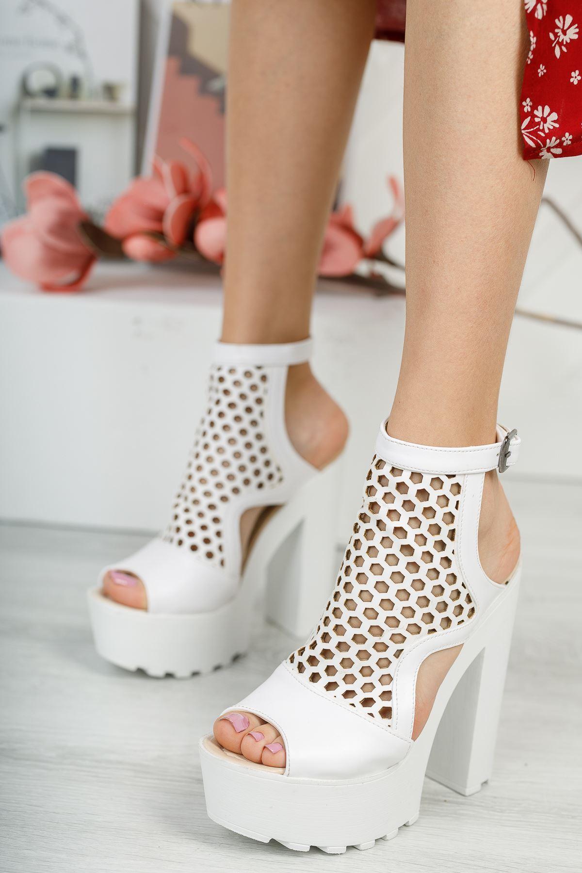 KESSAN Beyaz Topuklu Kadın Ayakkabı