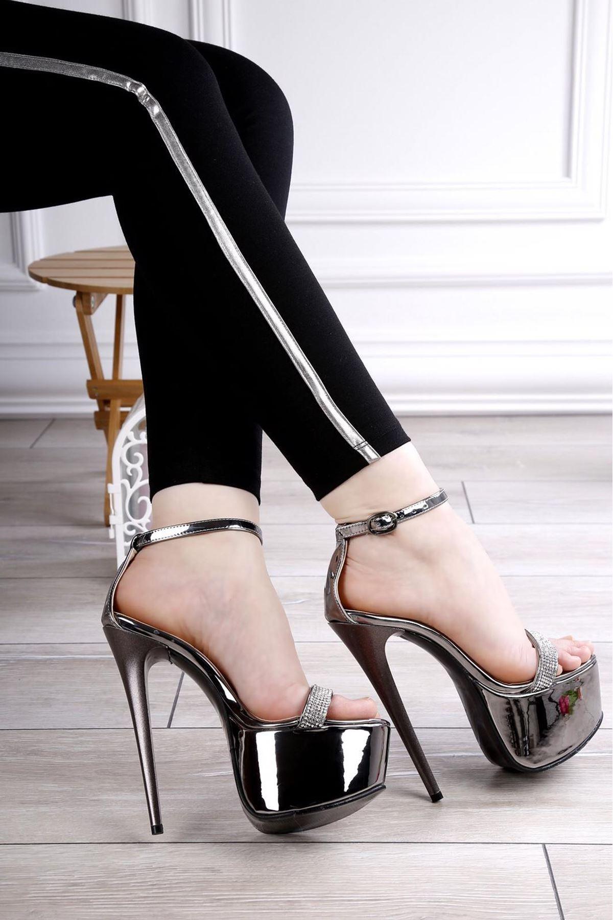 CİSİL GÜMÜŞ Platform Topuklu Ayakkabı